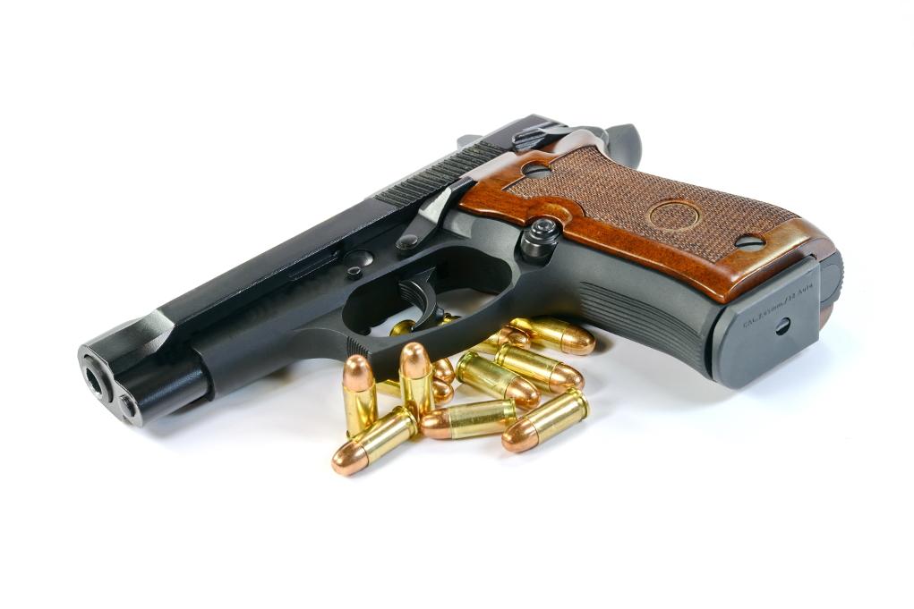 Acquista pistole senza porto d 39 armi denunciato due volte - Porta d armi uso sportivo ...
