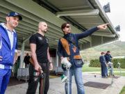 Gian Marco Berti e Valerio Staffelli con uno studente