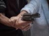 Sparatoria in via Marconi a Firenze: un sudanese di diciotto anni ha sottratto l'arma di servizio a un agente della polizia municipale e ha fatto fuoco.