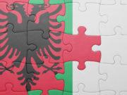 Il governo italiano ha intenzione di cedere gratuitamente all'Albania 5.000 fucili d'assalto Beretta AR 70/90: iniziato l'iter in Commissione.