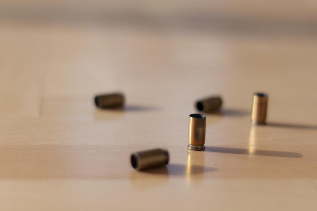 Ispettore della Municipale si toglie la vita con l'arma di ordinanza