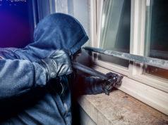 Rubata la pistola ad agente nel vicentino