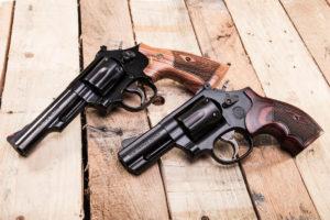 Revolver a doppia azione Smith & Wesson Model 19