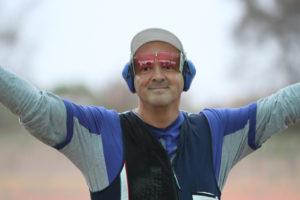 giovanni pellielo portabandiera dell'Italia ai Giochi del Mediterraneo