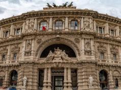 facciata del palazzo della Cassazione: oblazione del reato e confisca dell'arma