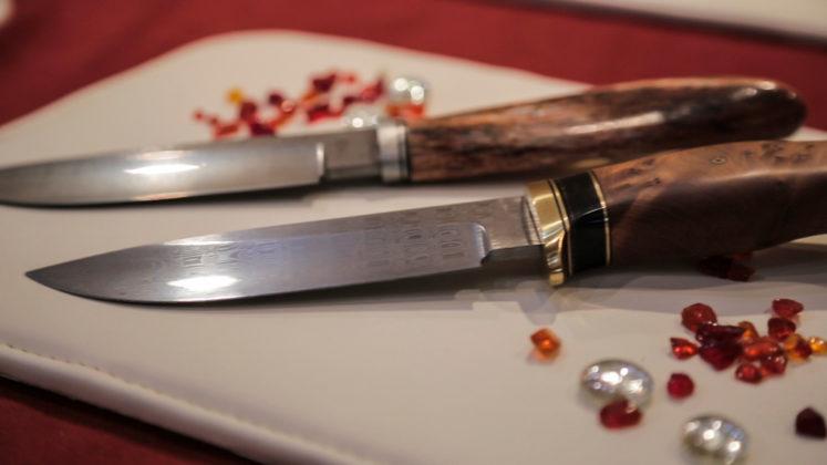 due coltelli custom alla mostra mercato di scarperia