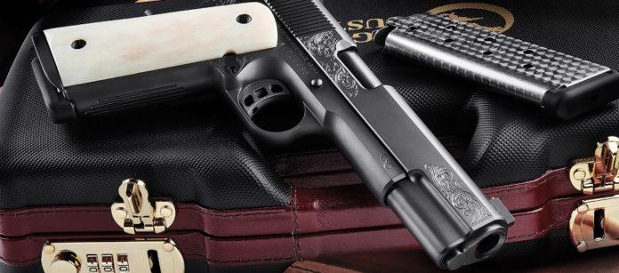 Nighthawk Custom Vip Black pistola artigianale