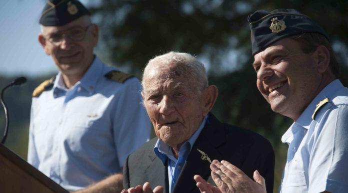 secondo raduno armieri di forza armata (Orte, VT, settembre 2019): francesco vecchi, il più anziano d'Italia, prende parte all'evento