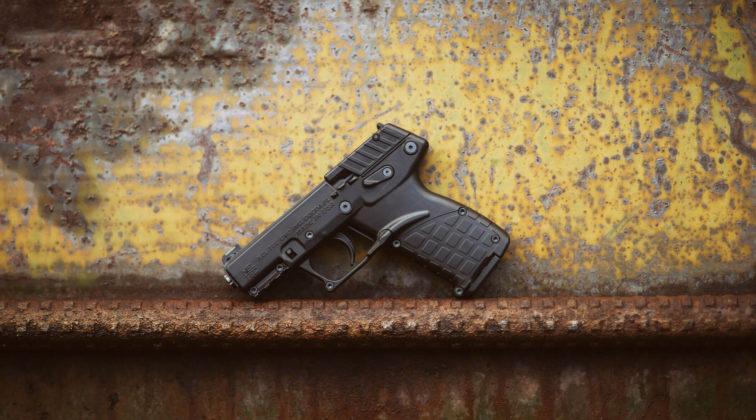 la pistola Keltec P17 22 LR
