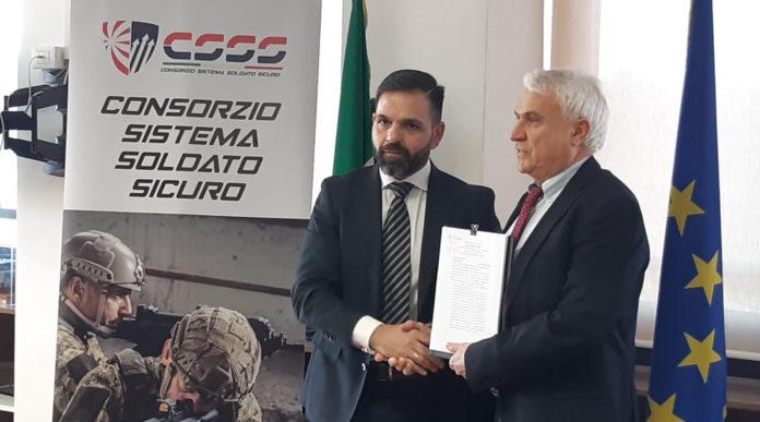 Equipaggiamento per l'esercito: firma del contratto tra consorzio Sistema soldato sicuro e difesa