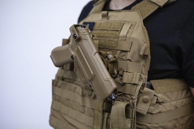 fondina della glock g17 gen5 per l'esercito francese