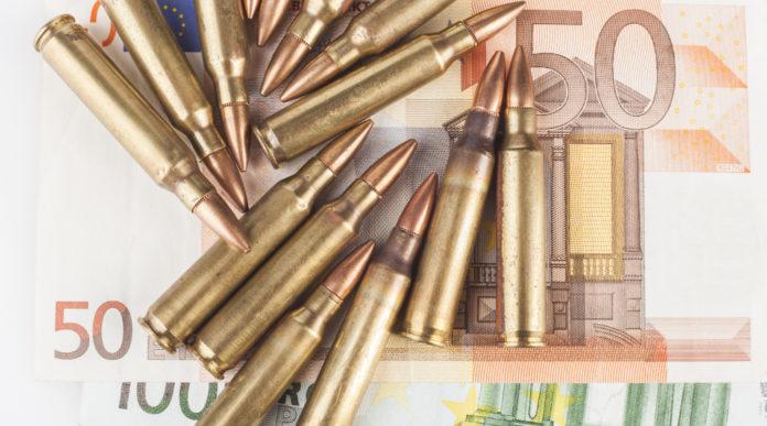 valore del comparto armiero italiano: munizioni su banconote