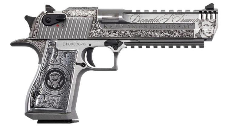 Presidential Desert Eagle, l'ultima pistola da collezione dedicata a Donald Trump