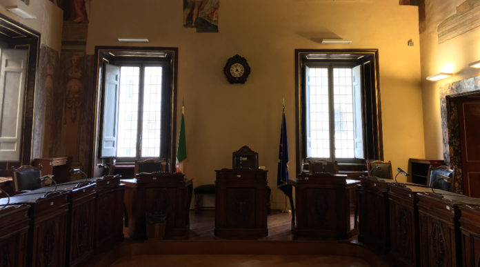 rinnovo del porto d'armi: interno di palazzo spada, sede del consiglio di stato