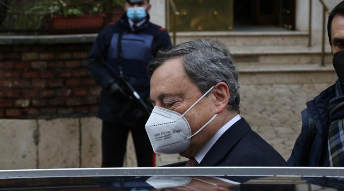 Giannini nuovo capo della polizia: Mario Draghi con mascherina