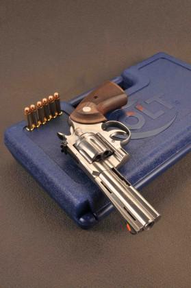 "Colt Python 4""¼"