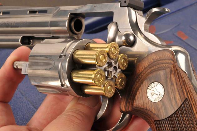 "Colt Python 4""¼ 4"