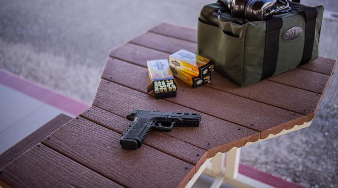Rock Island Armory STK100, la pistola striker fired con impugnatura in alluminio