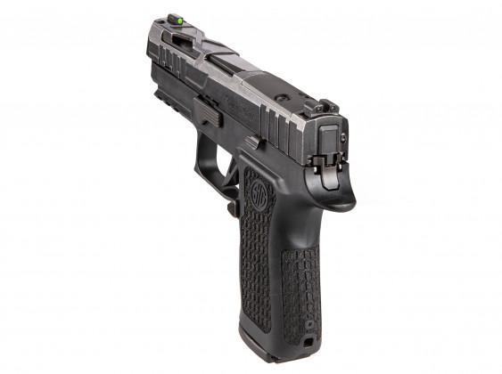 da dietro, la pistola microcompatta Sig Custom P320X Compact Spectre
