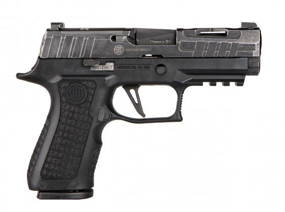 vista classica della pistola microcompatta Sig Custom P320 Compact Spectre