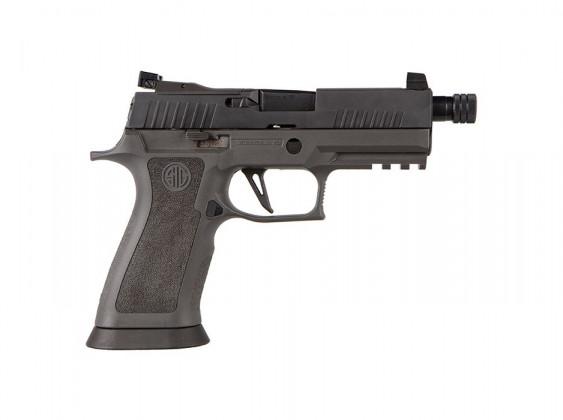 vista da destra, la pistola striker fired sig sauer P320 XCarry Legion