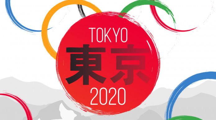 Tiro a segno a Tokyo 2020: bandiera giapponese circondata dai cinque cerchi olimpici