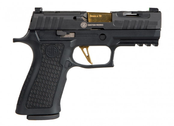 vista da destra, la pistola compatta Sig Custom Spectre P320 XCarry Series